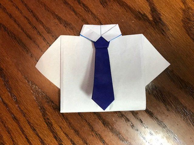 ワイシャツの折り紙、卒業メッセージ